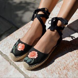 Soludos Vogue 125 Embroidered Sandal